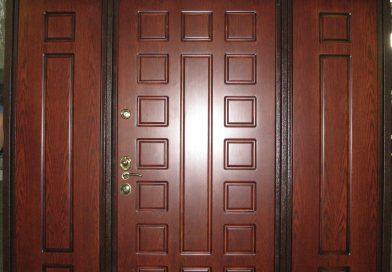 Множество вариантов стальных дверей